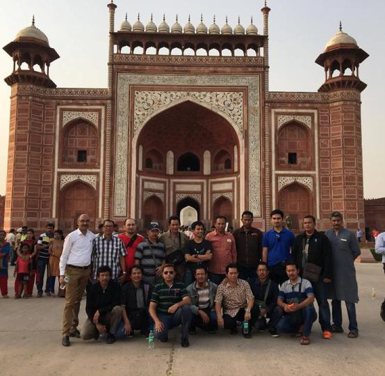 Same Day Agra Taj Mahal visit by Private Car with Guide from Delhi
