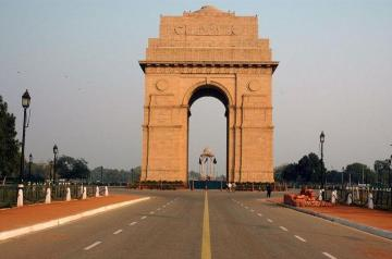 Delhi City Sightseeing Day Tour by Car with Guide